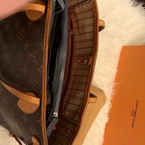 Louis Vuitton Bags - Authentic pre owned LV Neverfull PM